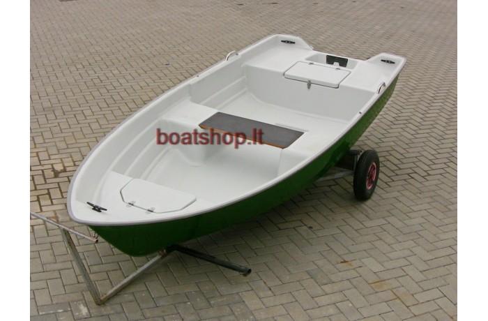 "RC380 ""Barkas"" plastic boat"