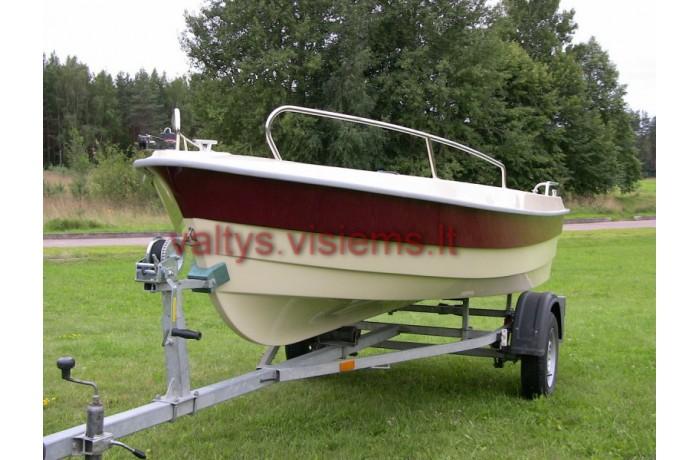 RC420N plastic boat