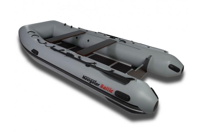 Navigator Baltic H390HD boat