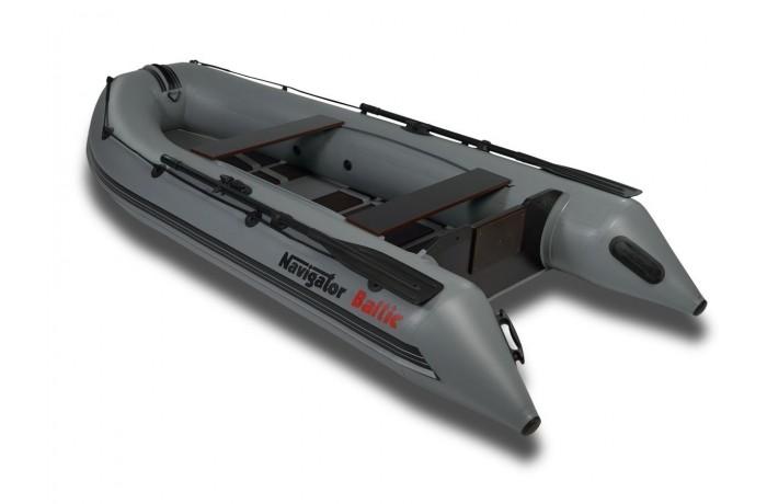 Navigator Baltic LP320S boat