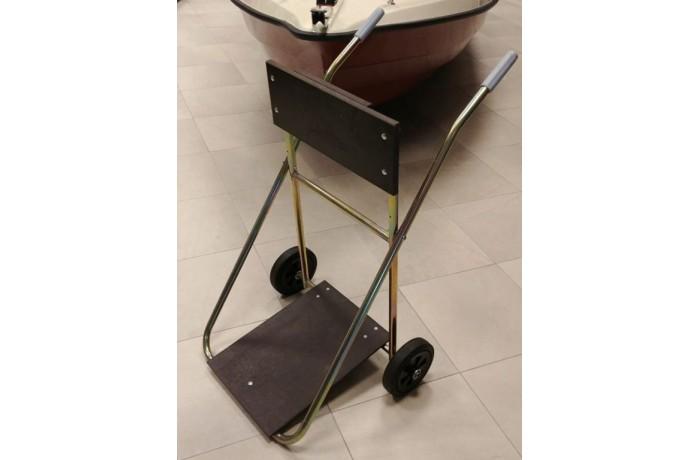 Sudedamas vežimėlis varikliui