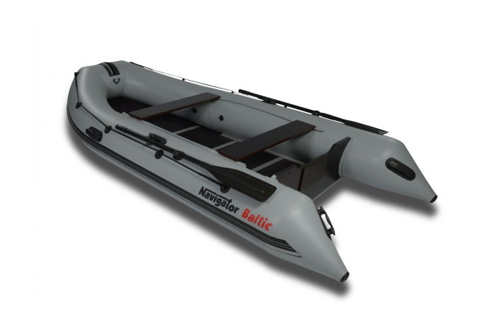 Navigator Baltic H360 boat